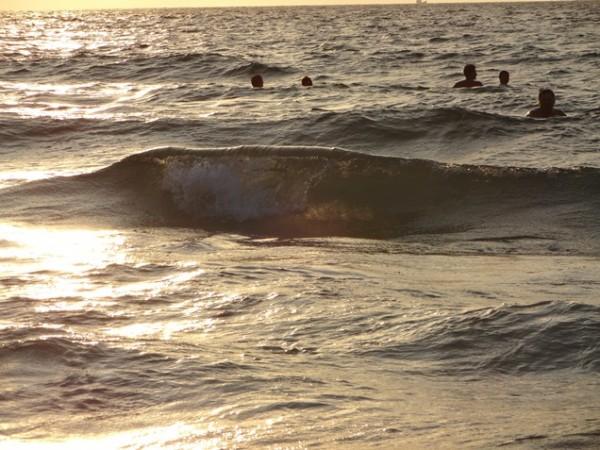 Прозрачная волна!